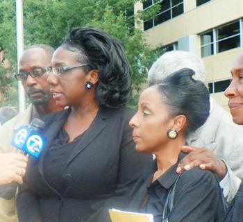Attorney Allison Folmar (left) and Detroit mother Maryanne Godboldo (right)